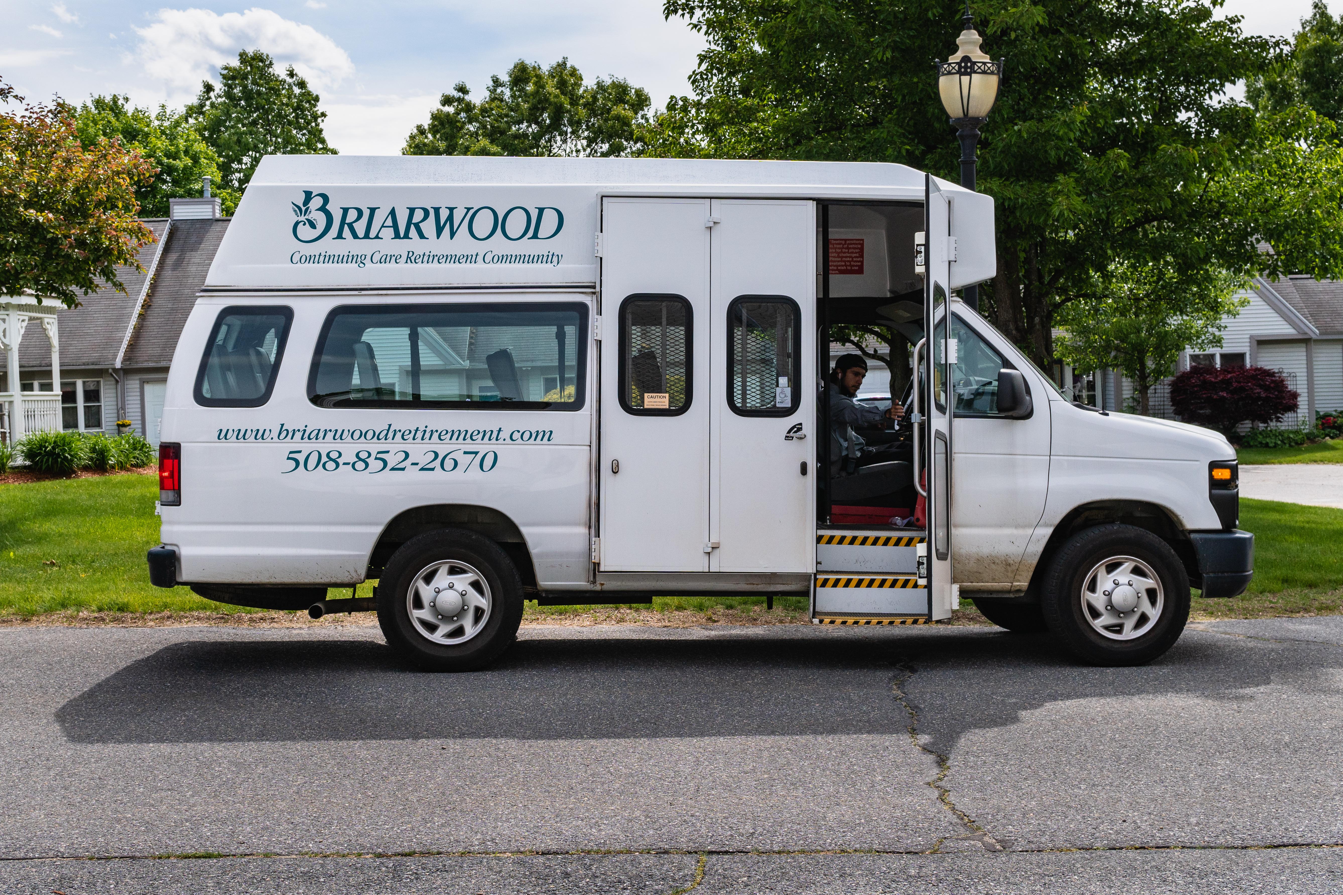senior living transportation